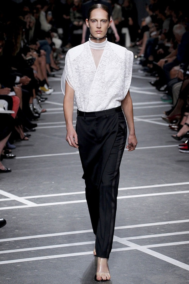 PARIS FASHION WEEK Givenchy Spring 2013. www.imageamplified.com, Image Amplified (16)