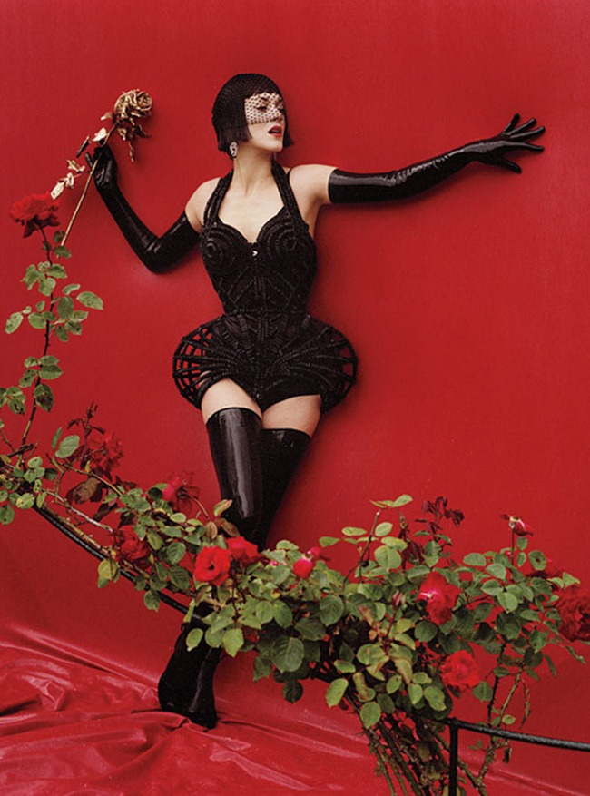 W MAGAZINE- Marion Cotillard in Red Hot by Tim Walker. Jacob K, December 2012, www.imageamplified.com, Image Amplified (6)