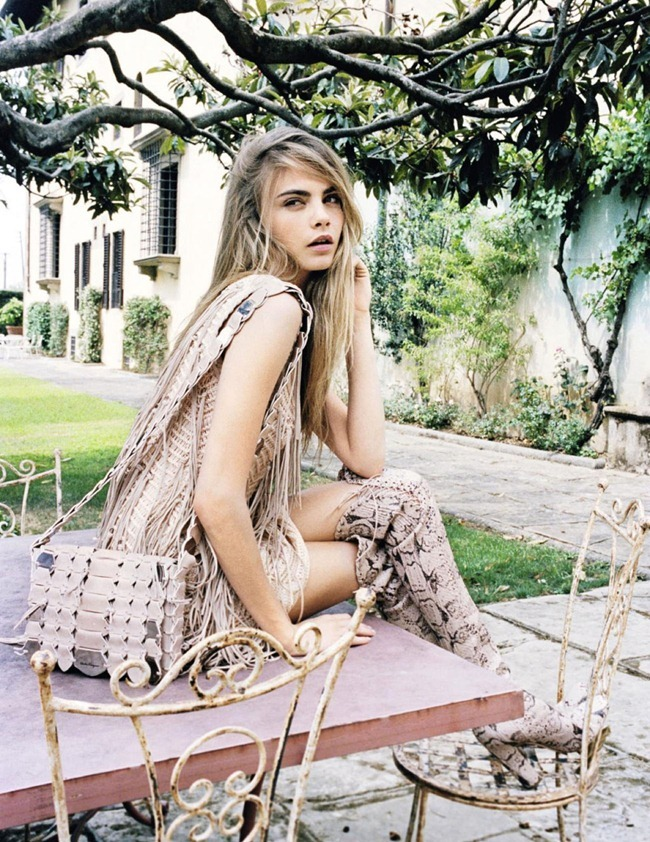 VOGUE SPAIN- Cara Delevigne & Designer Massimiliano Giometti in A La Italiana by Quentin De Briey. Marina Gallo, January 2013, www.imageamplified.com, Image Amplified (6)