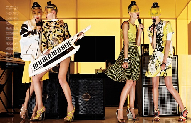 VOGUE JAPAN- Girls In The Band by Sharif Hamza. Giovanna Battaglia, February 2013, www.imageamplified.com, Image Amplified (3)