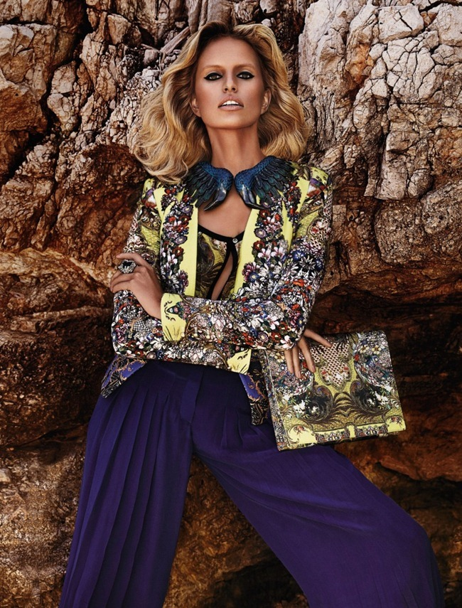 CAMPAIGN- Anne Vyalitsyna & Karolina Kurkova for Roberto Cavalli Resort 2013 by Giampaolo Sgura. www.imageamplified.com, Image Amplified (7)