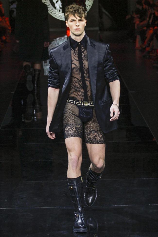 MILAN FASHION WEEK- Versace Fall 2013. www.imageamplified.com, Image Amplified (30)