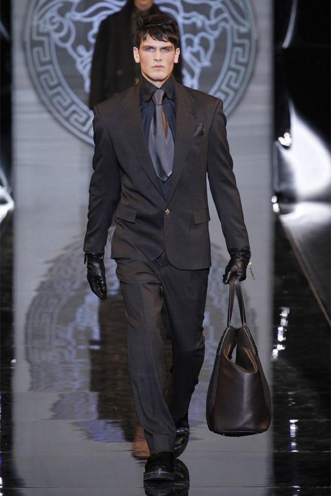 MILAN FASHION WEEK- Versace Fall 2013. www.imageamplified.com, Image Amplified (35)