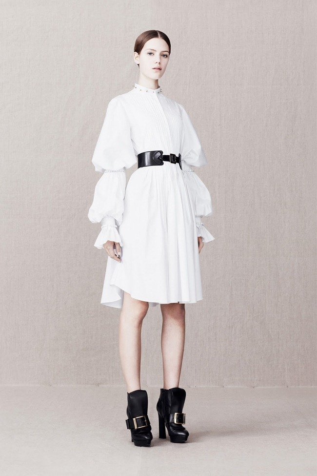 COLLECTION- Alexander McQueen Pre-Fall 2013. www.imageamplified.com, Image Amplified (2)