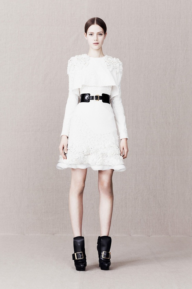 COLLECTION- Alexander McQueen Pre-Fall 2013. www.imageamplified.com, Image Amplified (14)