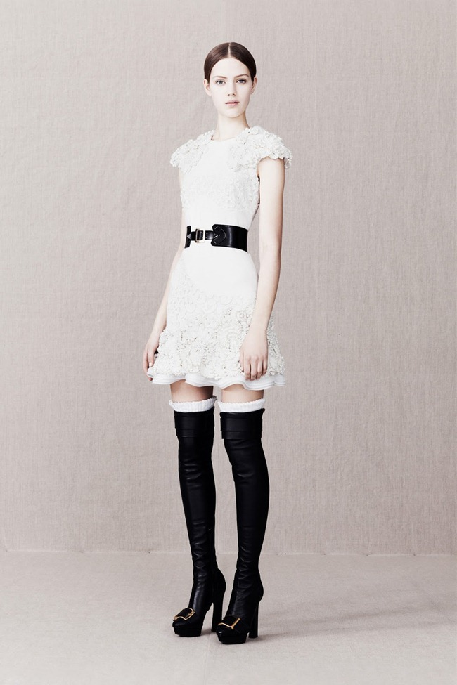 COLLECTION- Alexander McQueen Pre-Fall 2013. www.imageamplified.com, Image Amplified (15)