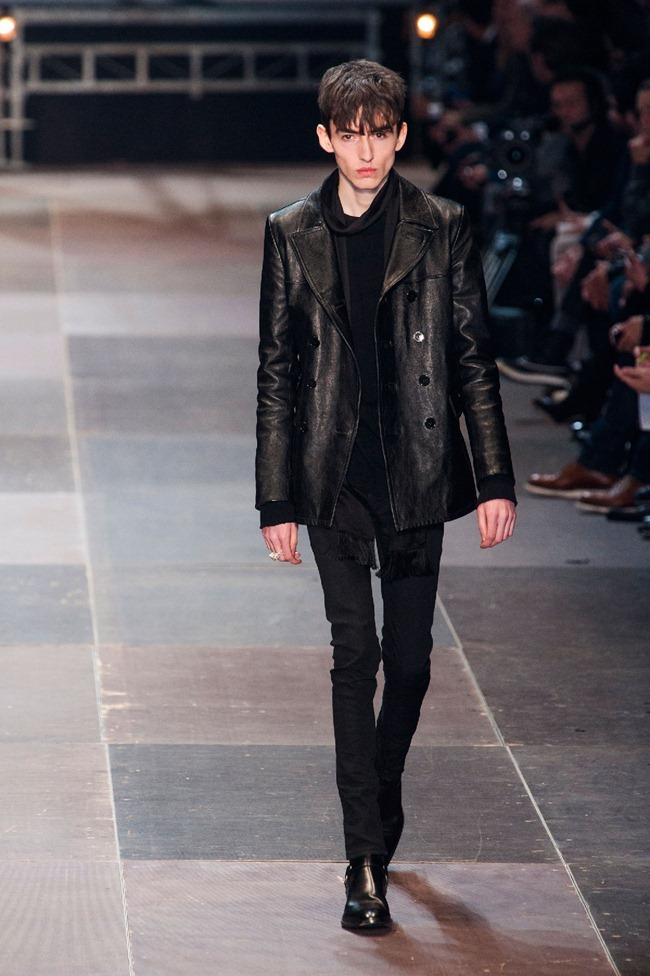 PARIS FASHION WEEK- Saint Laurent Fall 2013. www.imageamplified.com, Image Amplified (21)