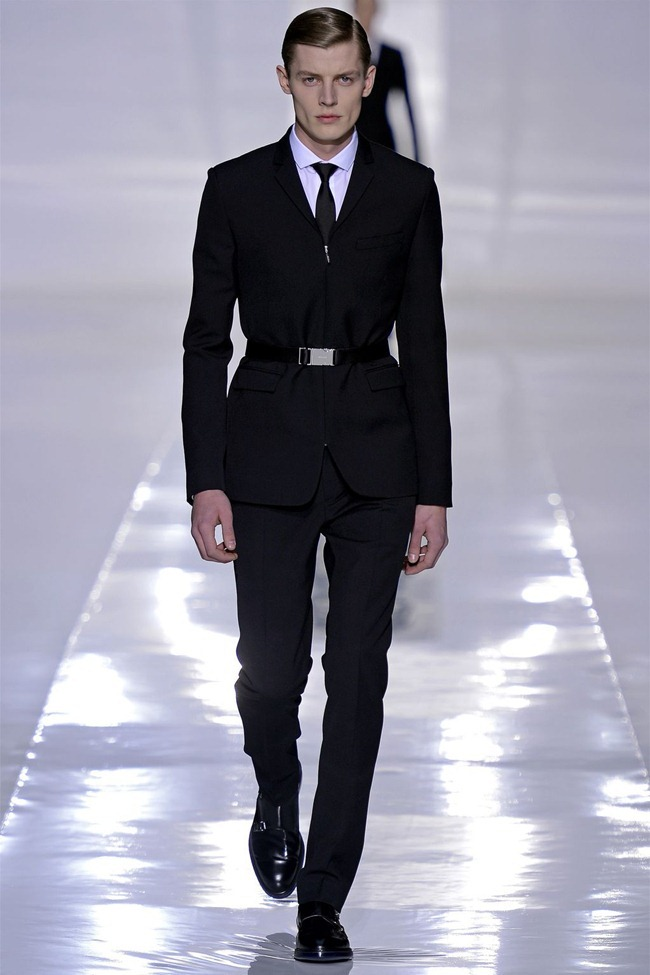 PARIS FASHION WEEK- Dior Homme Fall 2013. www.imageamplified.com, Image Amplified (1)