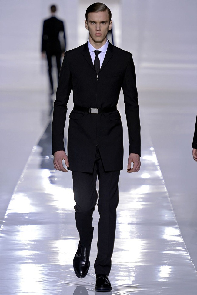 PARIS FASHION WEEK- Dior Homme Fall 2013. www.imageamplified.com, Image Amplified (3)