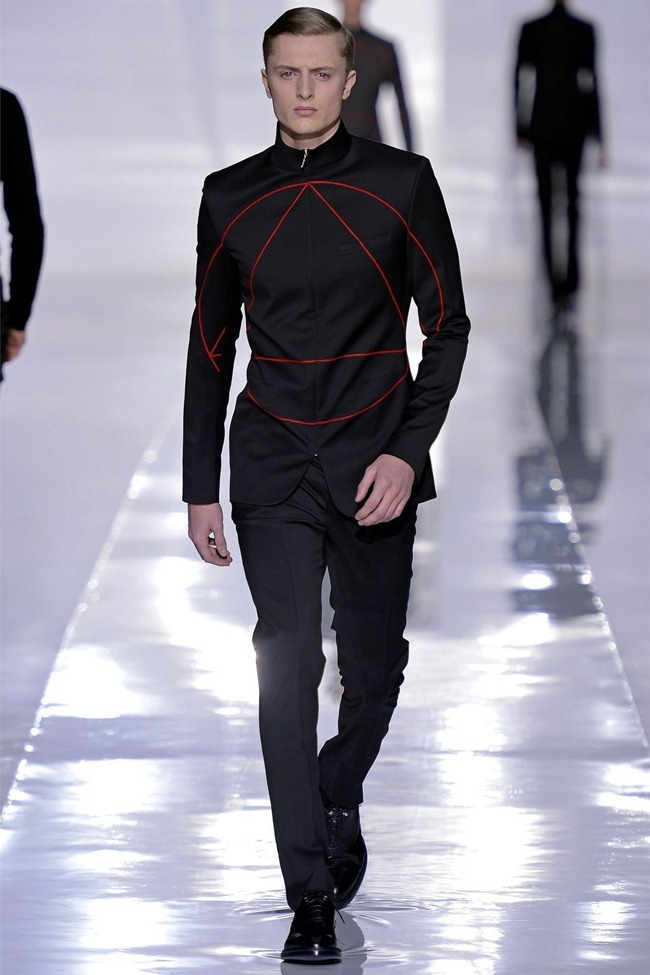 PARIS FASHION WEEK- Dior Homme Fall 2013. www.imageamplified.com, Image Amplified (13)