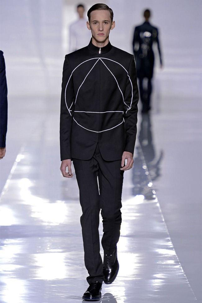 PARIS FASHION WEEK- Dior Homme Fall 2013. www.imageamplified.com, Image Amplified (38)