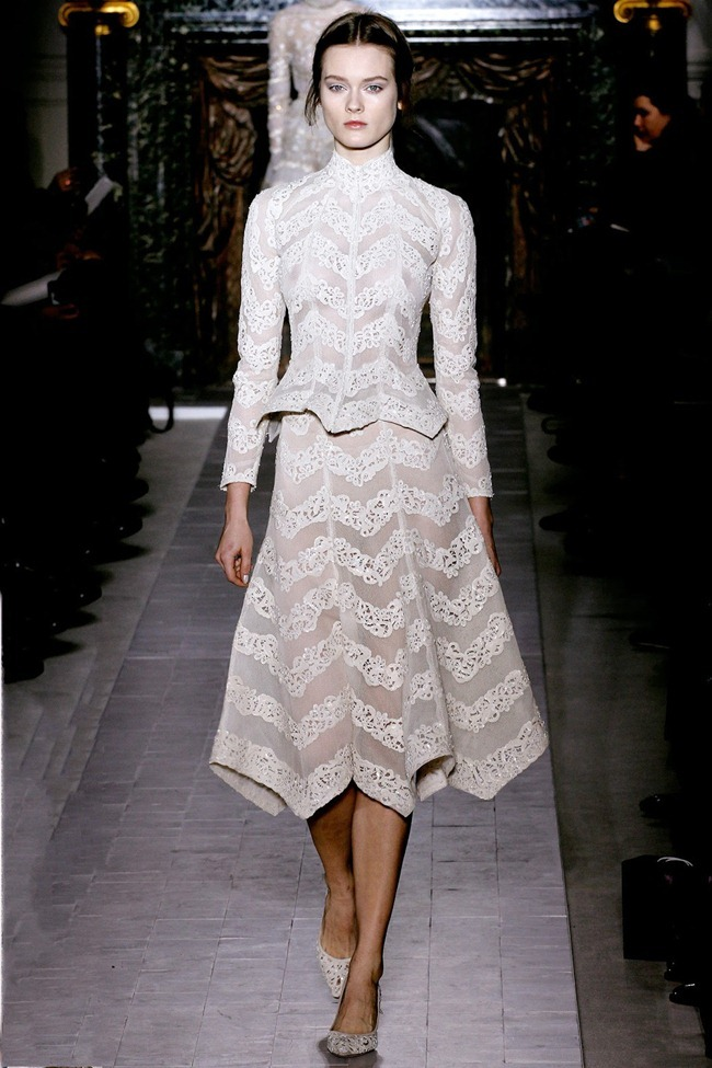 PARIS HAUTE COUTURE- Valentino Spring 2013. www.imageamplified.com, Image Amplified (14)