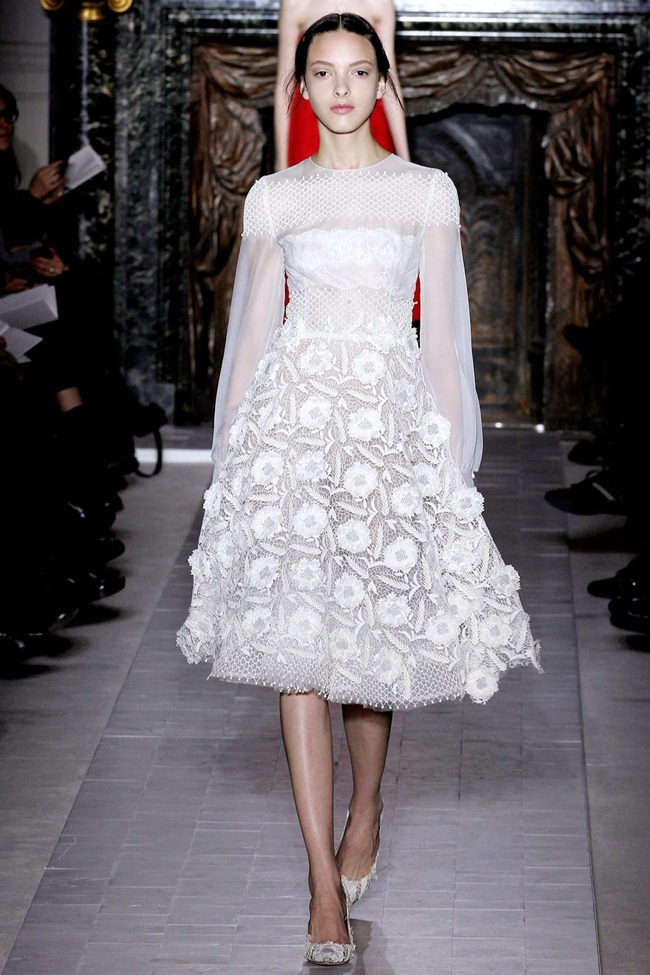 PARIS HAUTE COUTURE- Valentino Spring 2013. www.imageamplified.com, Image Amplified (23)