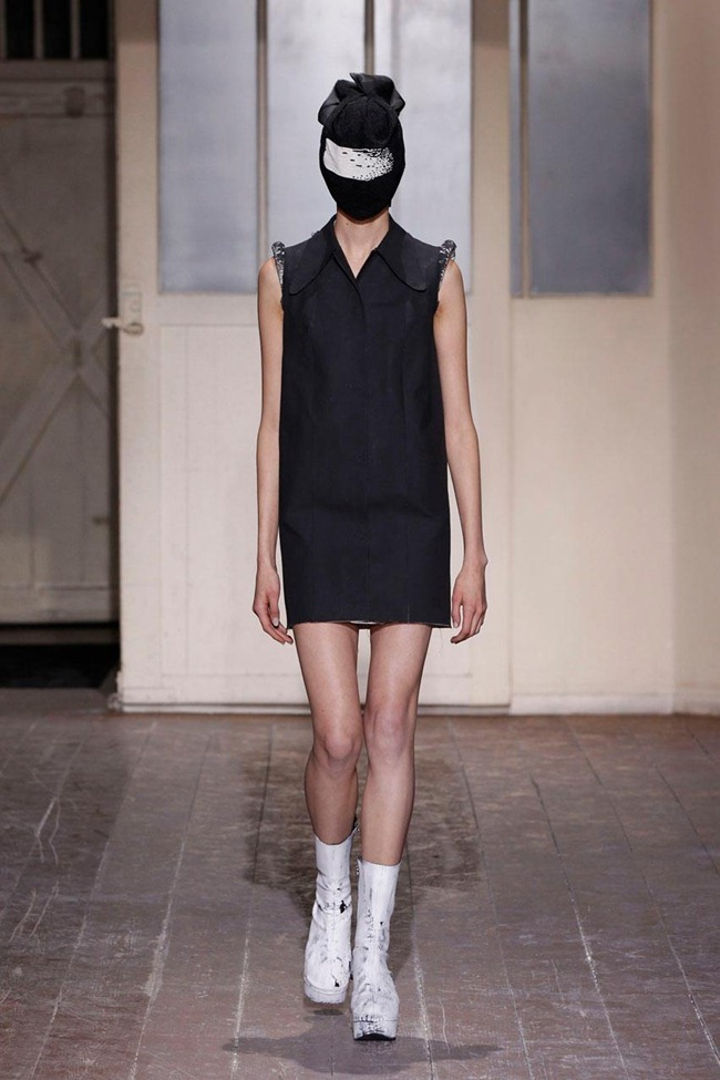 PARIS HAUTE COUTURE- Maison Martin Margiela Artisanal Spring 2013. www.imageamplified.com, Image Amplified (1)