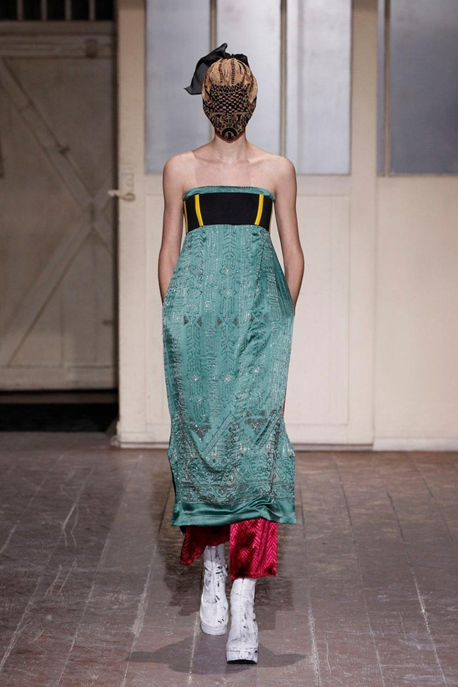 PARIS HAUTE COUTURE- Maison Martin Margiela Artisanal Spring 2013. www.imageamplified.com, Image Amplified (10)