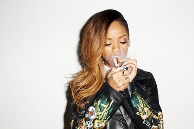 ROLLINGSTONE MAGAZINE- Rihanna by Terry Richardson. February 2013, www.imageamplified.com, Image Amplified (2)