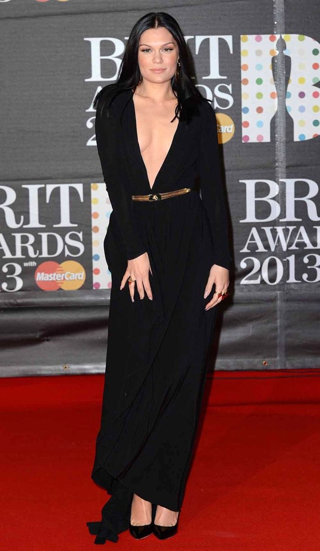 RED CARPET COVERAGE- Brit Awards 2013. www.imageamplified.com, Image Amplifie (1)