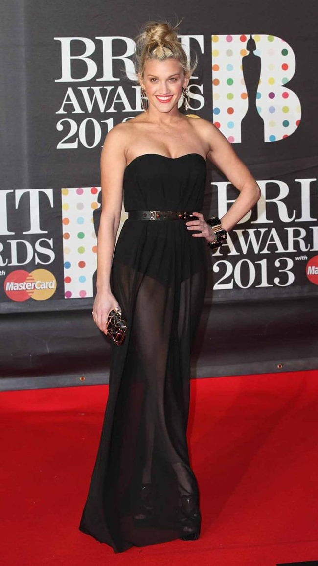 RED CARPET COVERAGE- Brit Awards 2013. www.imageamplified.com, Image Amplifie (7)