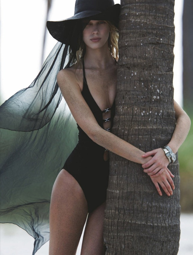 NUMERO MAGAZINE- Juliana Schurig in Harbour Island by Hans Feurer. Spela Lenarcic, March 2013, www.imageamplified.com, Image Amplified (3)