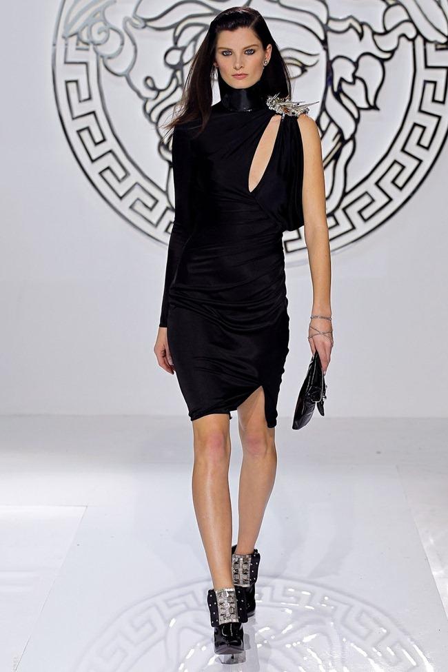 MILAN FASHION WEEK- Versace Fall 2013. www.imageamplified.com, Image Amplified (39)