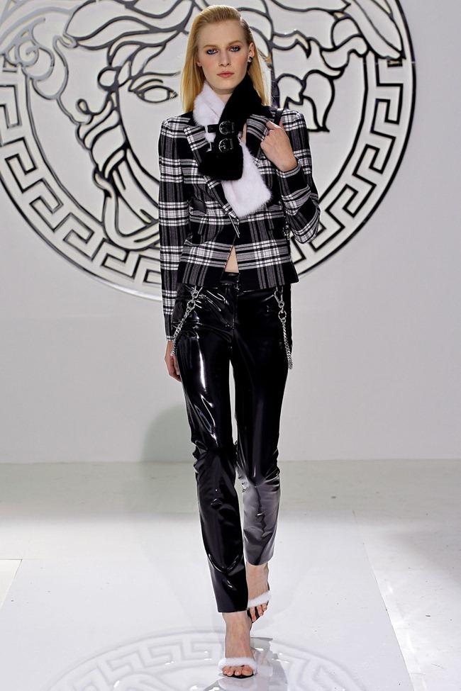 MILAN FASHION WEEK- Versace Fall 2013. www.imageamplified.com, Image Amplified (6)