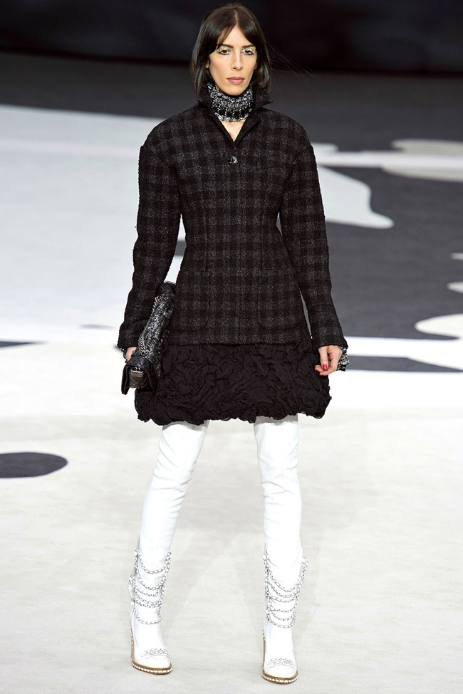 PARIS FASHION WEEK- Chanel Fall 2013. www.imageamplified.com, Image Amplified (53)