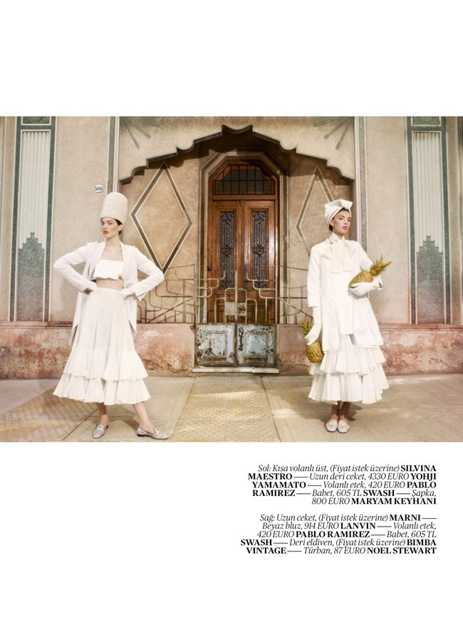 VOGUE TURKEY- Cintia & Giuliana Caramuto in Street Theatre by Luciana Val & Franco Musso. Sebastian Kaufmann, April 2013, www.imageamplified.com, Image Amplified (7)