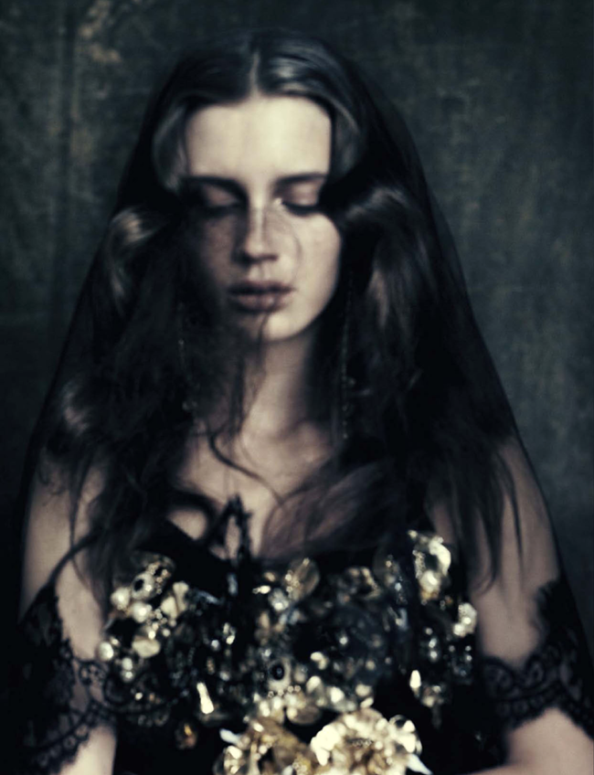 VOGUE ITALIA Marine Vacth by Paolo Roversi. Jacob K, October 2012, www.imageamplified.com, Image Amplified (1)