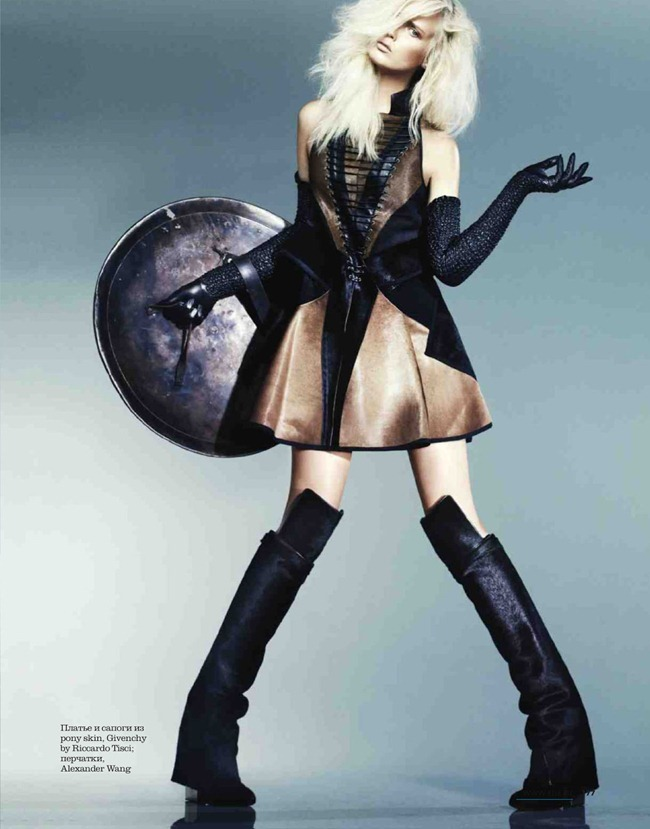 ELLE RUSSIA- Cathrine Norgaard in The Warrior Princess by Lee Broomfield. Daria Anichkina, December 2012, www.imageamplified.com, Image Amplified (5)