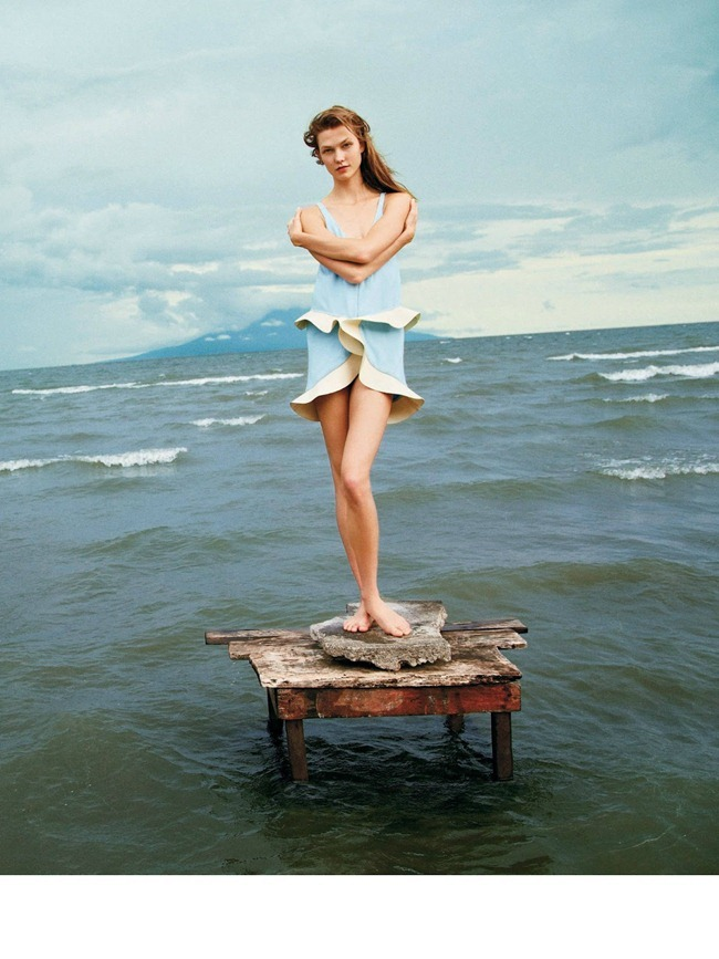 T STYLE- Karlie Kloss in A Delicate Balance by Ryan McGinley. Sara Moonves, Winter 2012, www.imageamplified.com, Image Amplified (1)