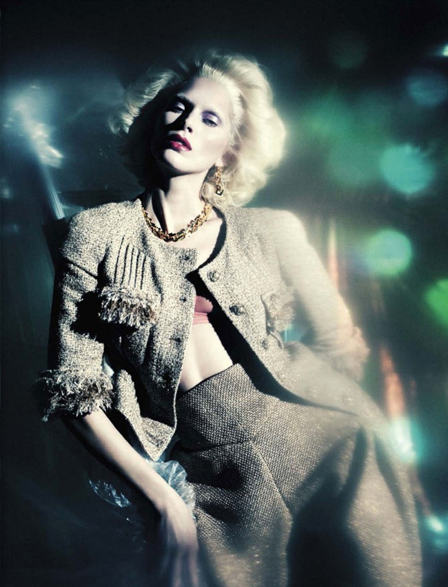VOGUE ITALIA- Iselin Steiro in A Singular Blond Beauty by Paolo Roversi. Jacob K, December 2012, www.imageamplified.com, Image Amplified (11)