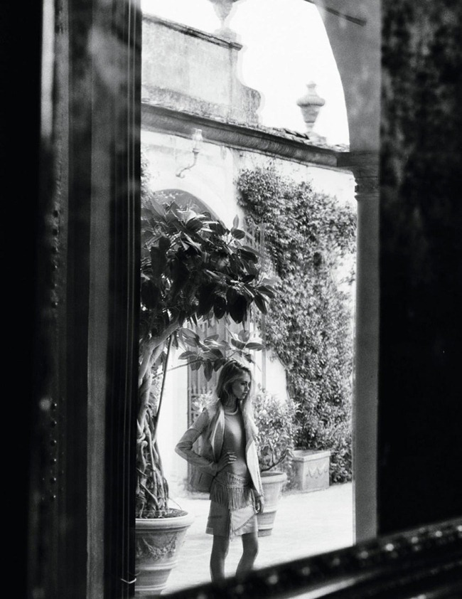 VOGUE SPAIN- Cara Delevigne & Designer Massimiliano Giometti in A La Italiana by Quentin De Briey. Marina Gallo, January 2013, www.imageamplified.com, Image Amplified (9)