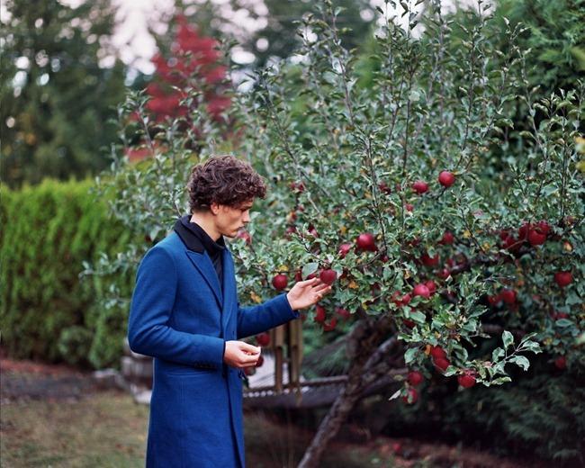 ODDA MAGAZINE- Simon Nessman by Gillian Mansonhing Stables. David Martin, www.imageamplified.com, Image Amplified (3)