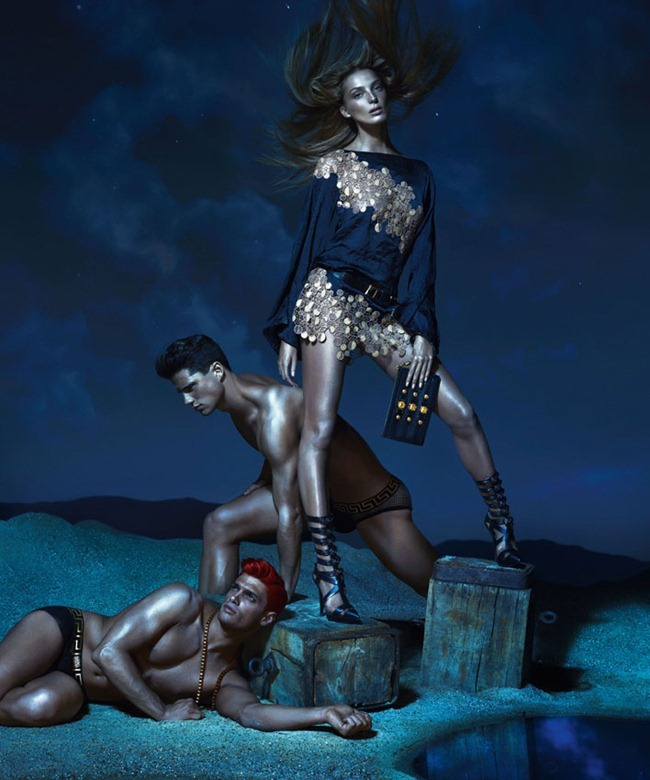 CAMPAIGN- Kate Moss, Edward Wilding, Kacey Carrig, Veit Couturier, Daria Werbowy & Joan Smalls for Versace Spring 2013 by Mert & Marcus. www.imageamplified.com, Image Amplified (15)