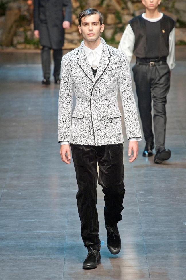 MILAN FASHION WEEK- Dolce & Gabbana Fall 2013. www.imageamplified.com, Image Amplified (4)