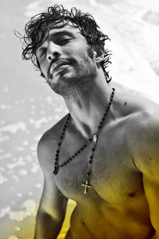 MASCULINE DOSAGE- David Fernandes by Leandro Martins. Julia Rahde, www.imageamplified.com, Image Amplified (1)