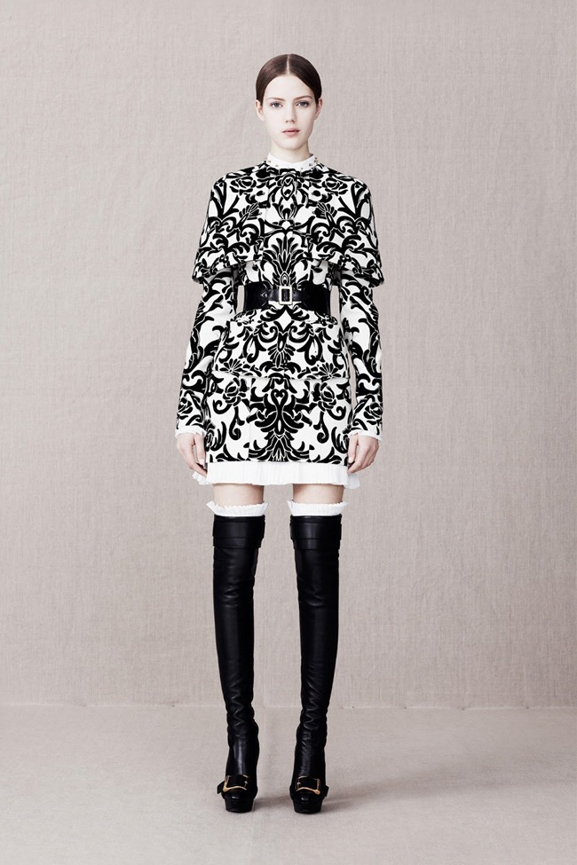 COLLECTION- Alexander McQueen Pre-Fall 2013. www.imageamplified.com, Image Amplified (4)