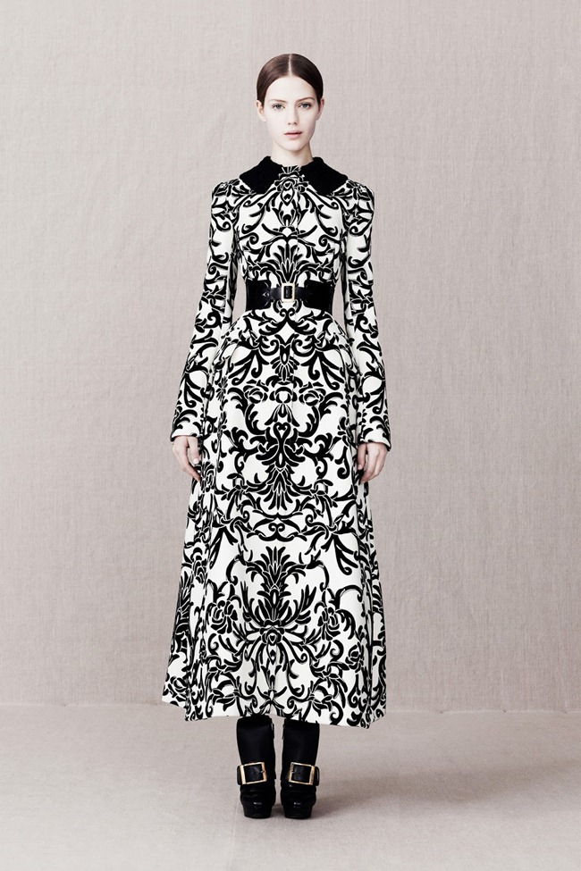 COLLECTION- Alexander McQueen Pre-Fall 2013. www.imageamplified.com, Image Amplified (5)