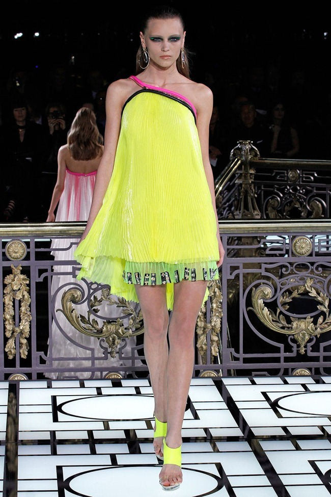 PARIS HAUTE COUTURE- Atelier Versace Spring 2013. www.imageamplified.com, Image Amplified (23)