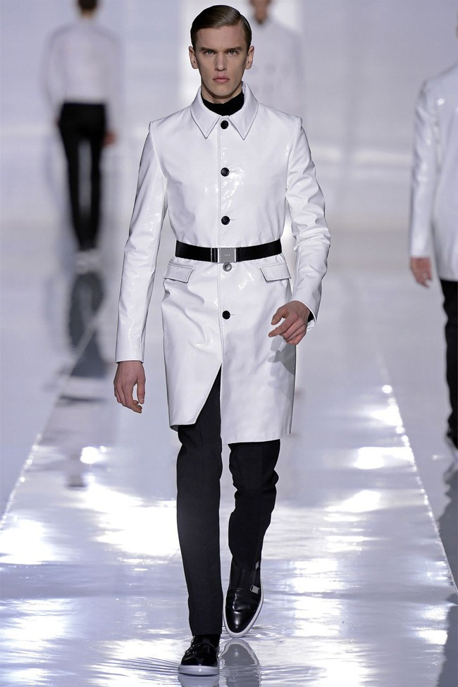 PARIS FASHION WEEK- Dior Homme Fall 2013. www.imageamplified.com, Image Amplified (41)