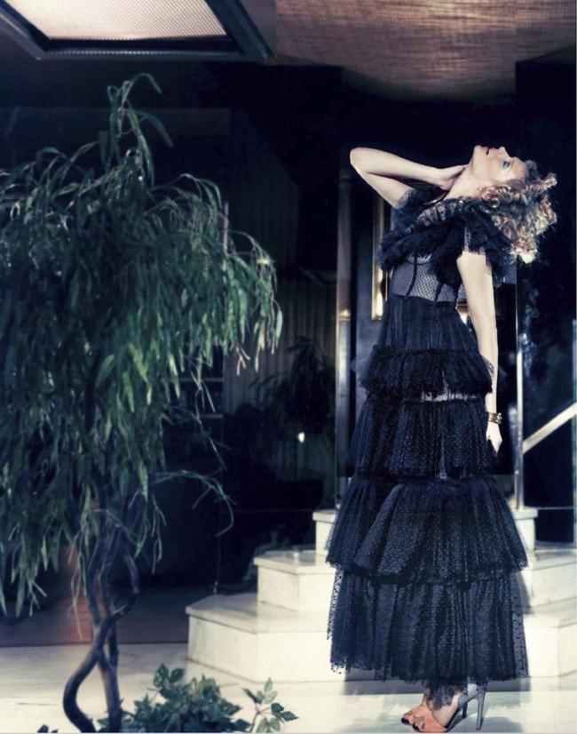 MARIE CLAIRE SPAIN- Martha Streck in Tormenta de Hielo by Taki Bibelas. Ivana Spernicelli, February 2013, www.imageamplified.com, Image Amplified (4)