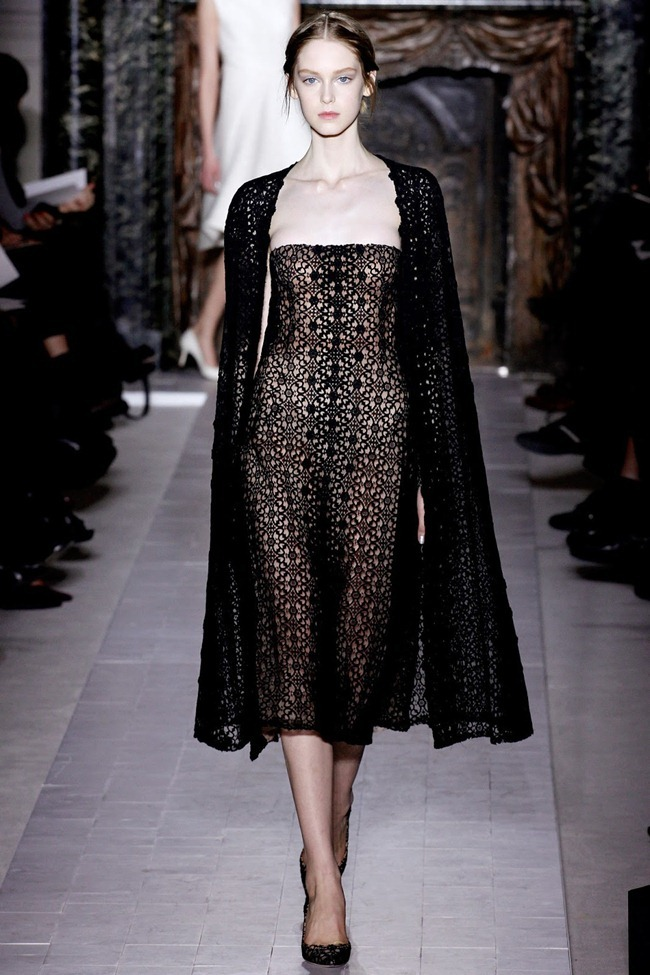 PARIS HAUTE COUTURE- Valentino Spring 2013. www.imageamplified.com, Image Amplified (28)