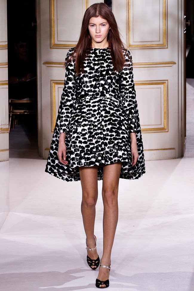 PARIS HAUTE COUTURE- Giambattista Valli Spring 2013. www.imageamplified.com, Image Amplified (15)