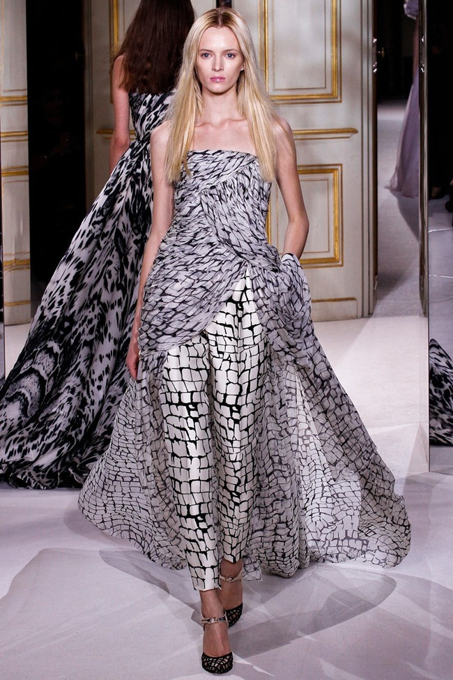 PARIS HAUTE COUTURE- Giambattista Valli Spring 2013. www.imageamplified.com, Image Amplified (21)