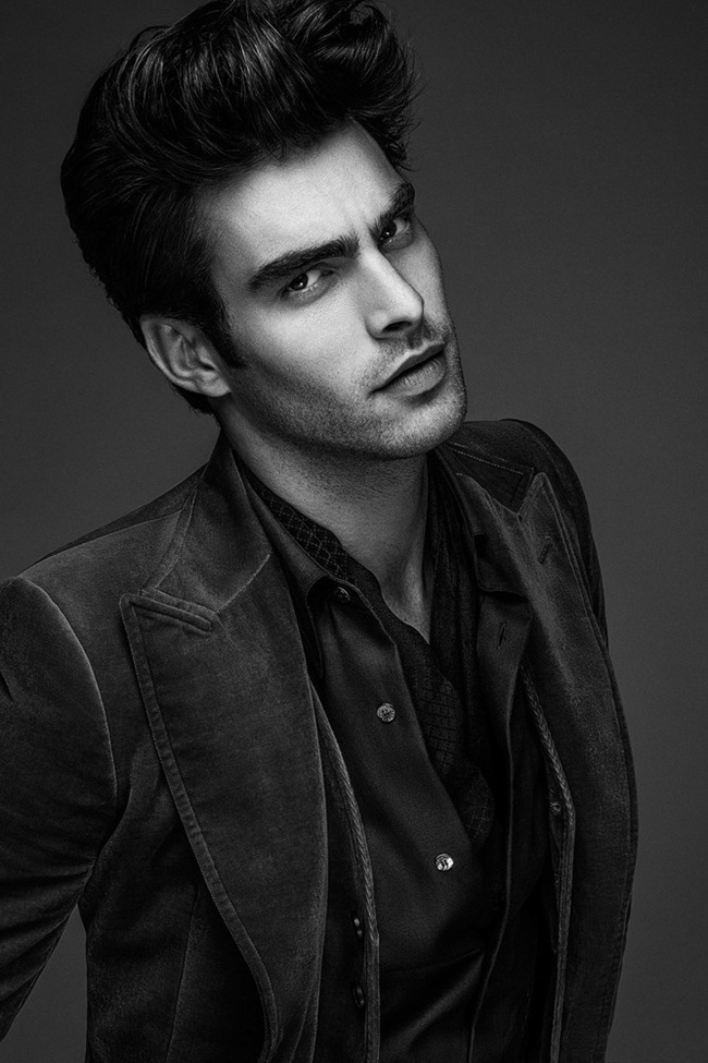 APOLLO NOVO- Jon Kortajarena by Anthony Meyer. Philippe Uter, www.imageamplified.com, Image Amplified (1)