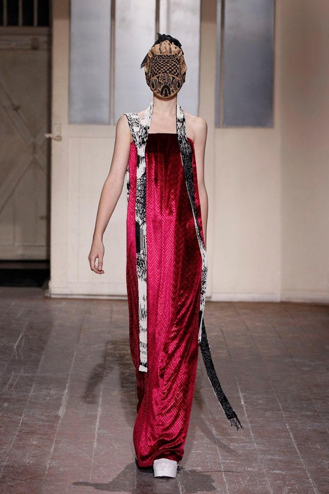 PARIS HAUTE COUTURE- Maison Martin Margiela Artisanal Spring 2013. www.imageamplified.com, Image Amplified (7)
