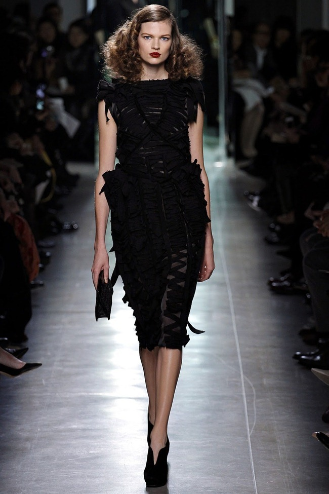 MILAN FASHION WEEK- Bottega Veneta Fall 2013. www.imageamplified.com, Image Amplified (18)