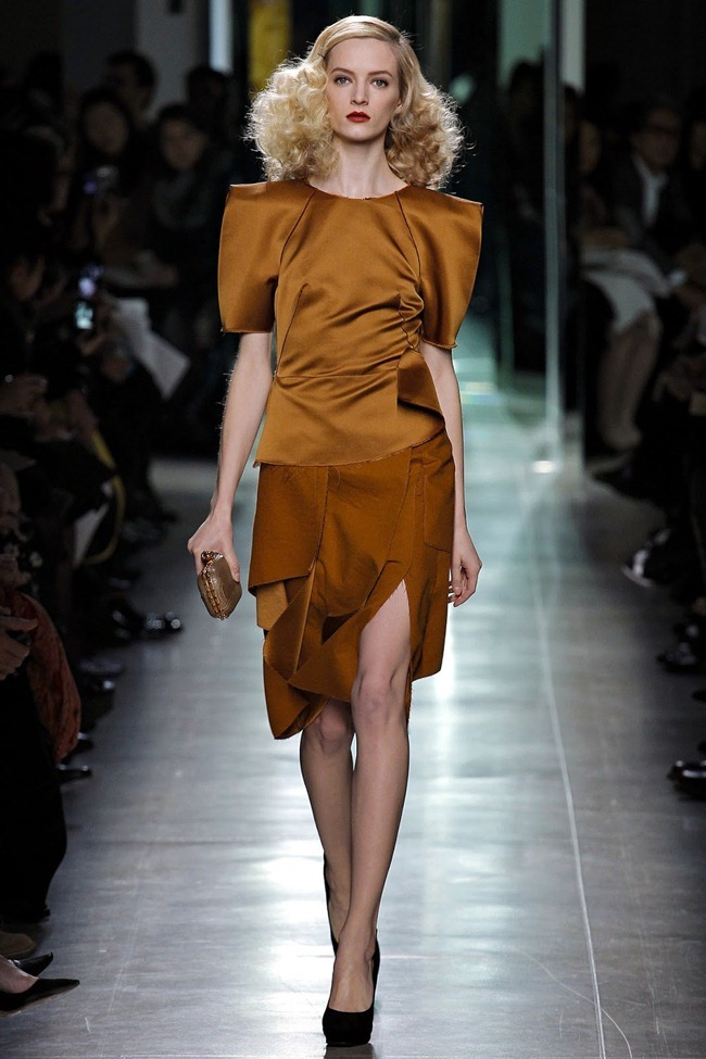 MILAN FASHION WEEK- Bottega Veneta Fall 2013. www.imageamplified.com, Image Amplified (22)