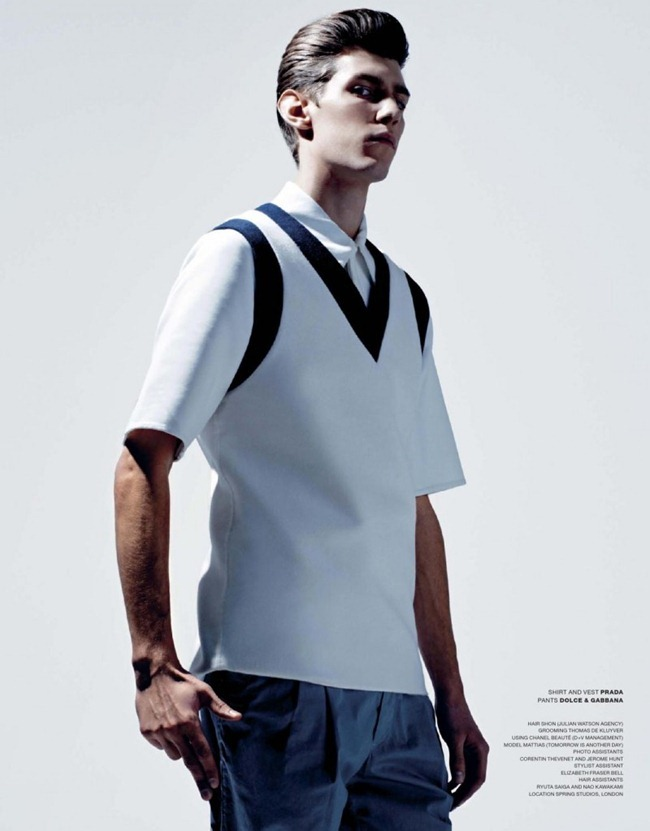 VMAN MAGAZINE- Mattias in True Colors by Kacper Kasprzyk. www.imageamplified. Image Amplfieid (7)