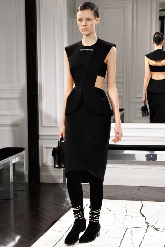 PARIS FASHION WEEK- Balenciaga Fall 2013. www.imageamplified.com, Image Amplified (6)
